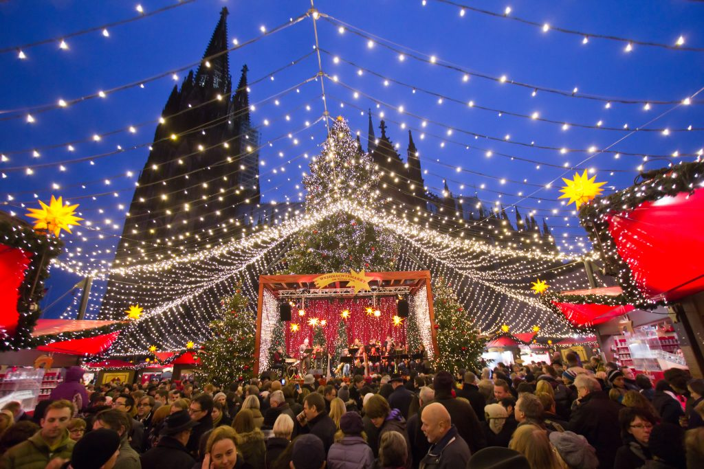 Per Bus Naar De Kerstmarkt In Keulen Dagjeuitpagina Nl