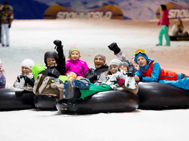 Plezier voor het hele gezin en jong en oud bij Snowworld