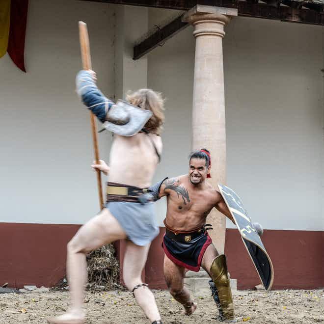 Twee gladiatoren aan het vechten