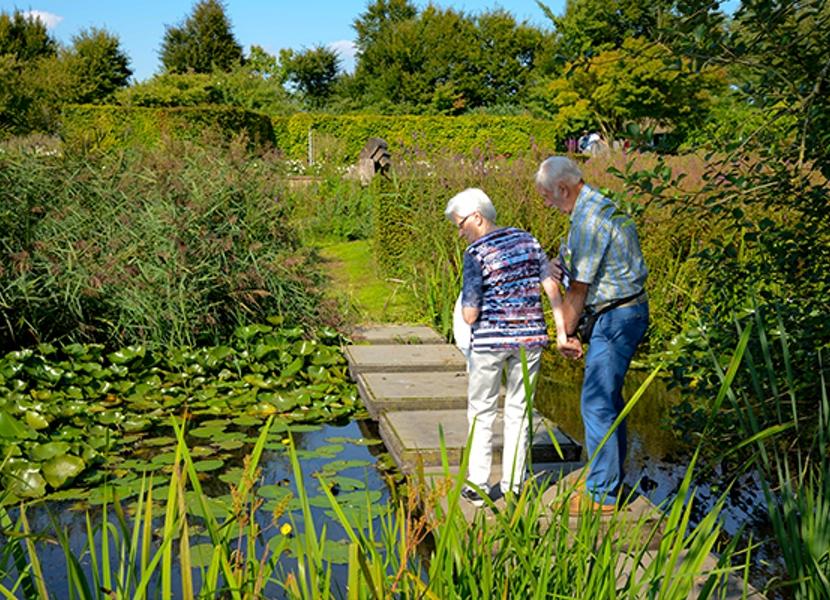 Ook genoeg ideeen voor de aanleg van een waterpartij in eigen tuin in De Tuinen van Appeltern