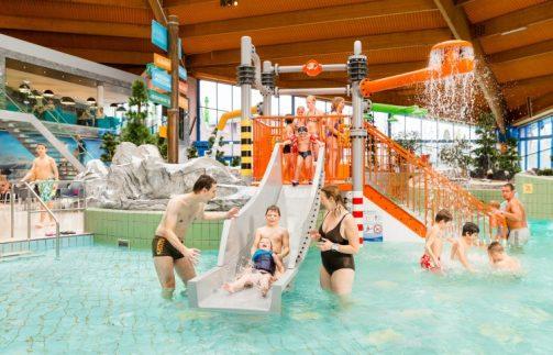 Zwemplezier voor de hele familie in zwemparadijs De Scheg.