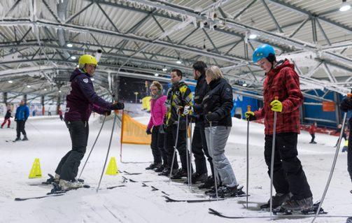 Leer skiën of snowboarden in De Uithof in Den Haag.