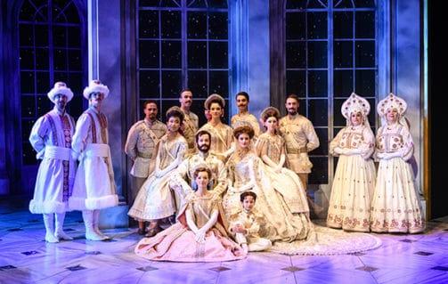De cast van Anastasia in AFAS Scheveningen