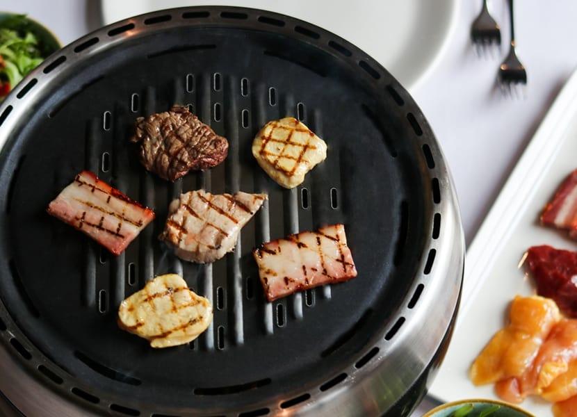 tafelbarbecue in snowworld amsterdam