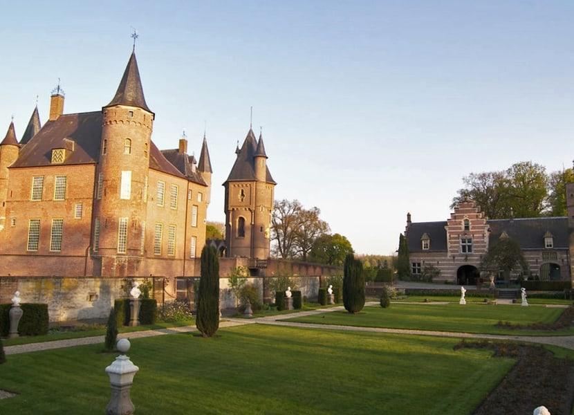 Een prachtig landgoed om te bezichtigen bij Kasteel Heeswijk