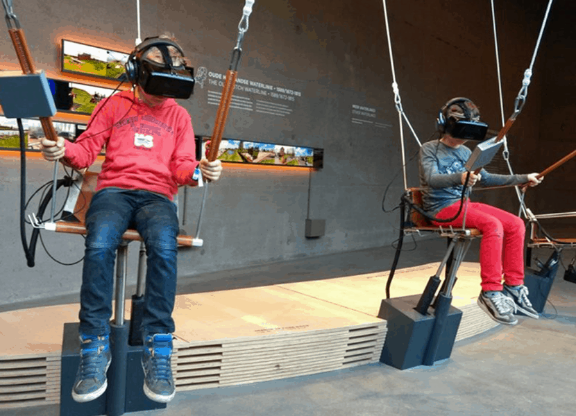 Maak een virtuele parachutesprong in het Waterlinie Museum